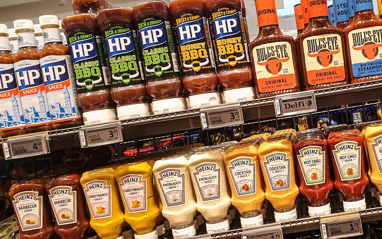 Nahaufnahme LEH Regal Heinz Ketchup